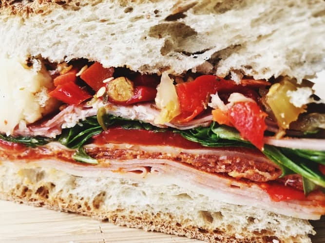 How To Make A Sandwich With Crispy Bacon